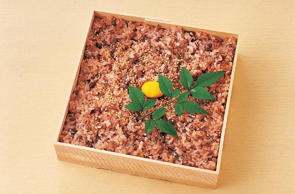 A-10 赤飯 950円 <税別>